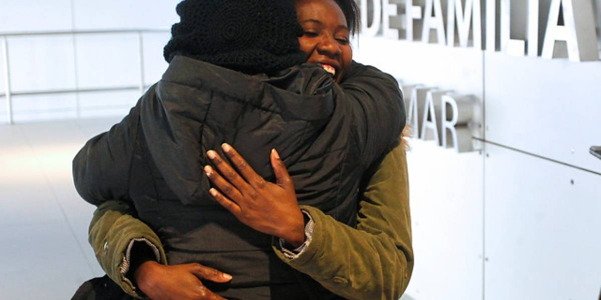 Madre haitiana recupera la custodia de su pequeña hija tras ser enviada a centro del Sename
