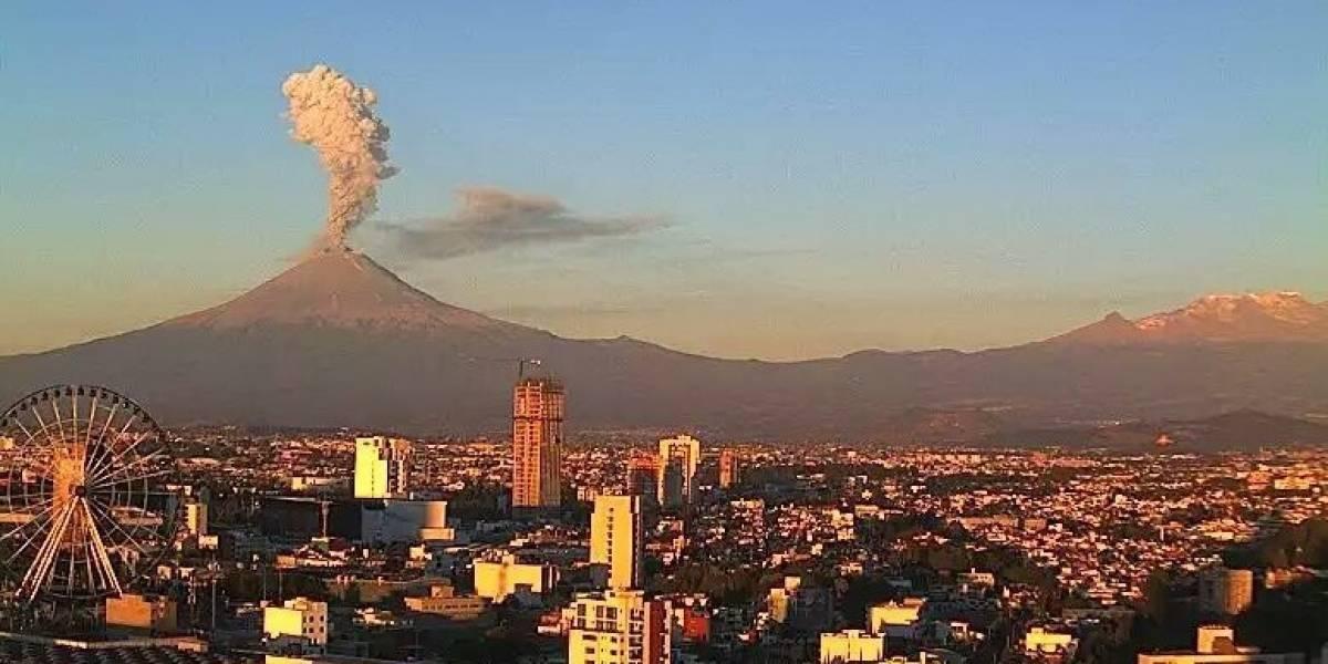 El volcán Popocatépetl podría hacer erupción muy pronto y las autoridades están en alerta