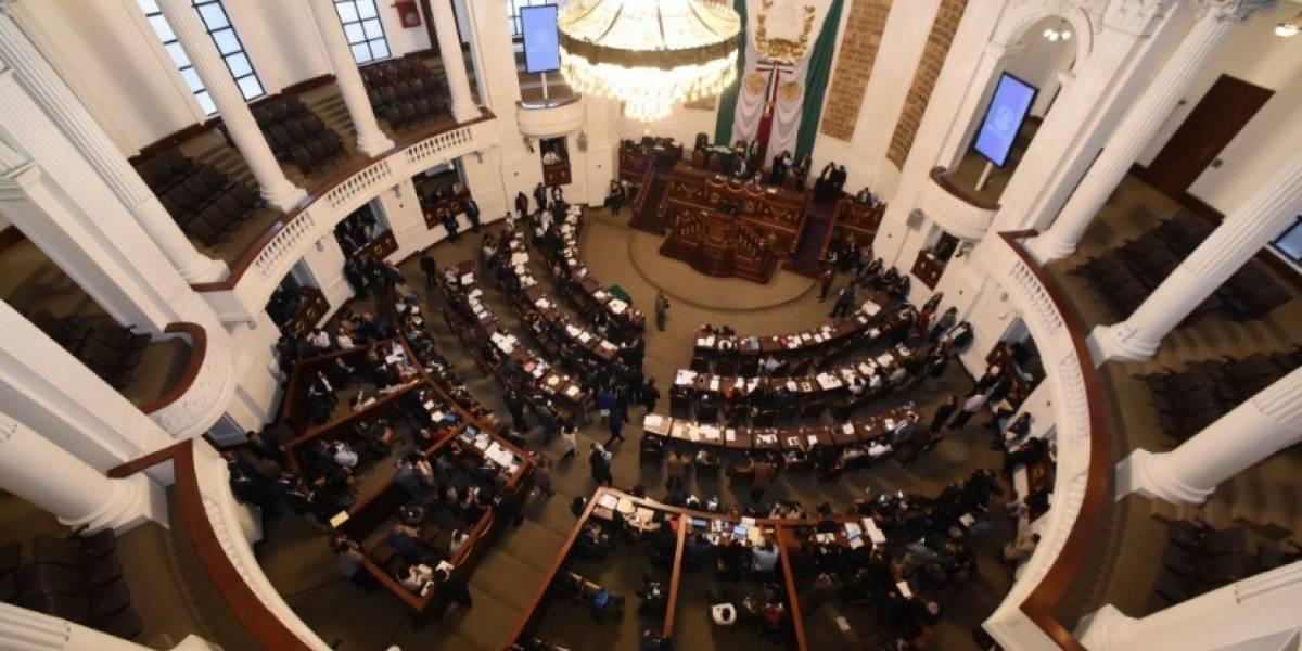 Diputados mexicanos donarán un día de sueldo para ayudar a los damnificados por el volcán
