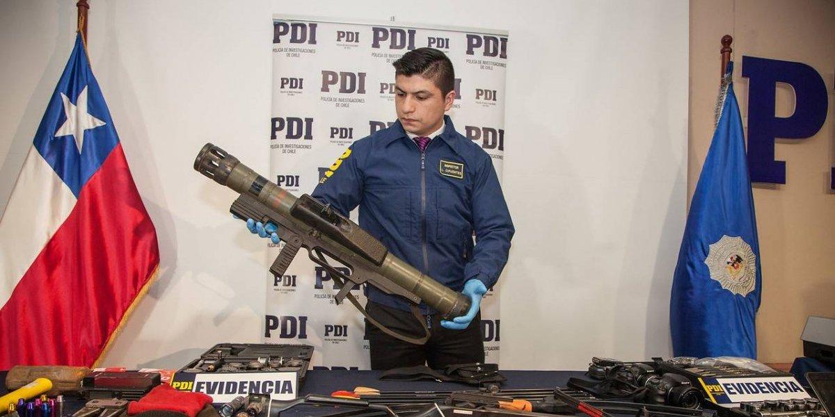 Desde lanzacohetes hasta metralletas usadas por la US Armed Forces: el bélico arsenal que ha sido incautado en Chile