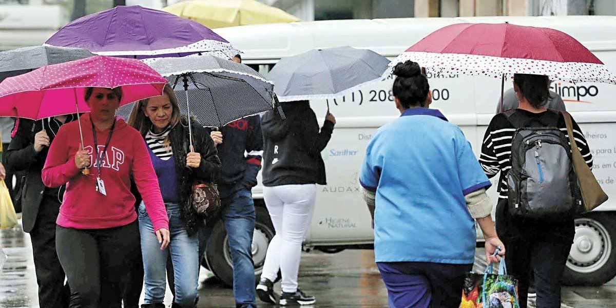Previsão do Tempo: frente fria traz chuva e máxima de 21 graus em São Paulo na quinta