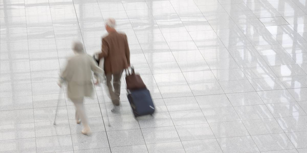 """""""Los narcoabuelitos"""": Detienen a  tres jubilados con varios kilos de cocaína en el aeropuerto"""