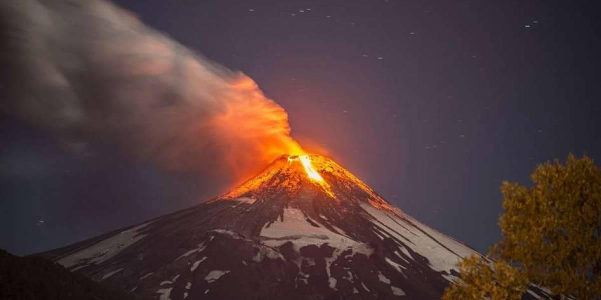 Chile: Volcán Villarrica presenta explosiones y material piroclástico