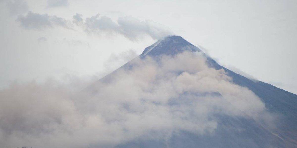 Nueva alerta de evacuación en área afectada por descenso de material volcánico