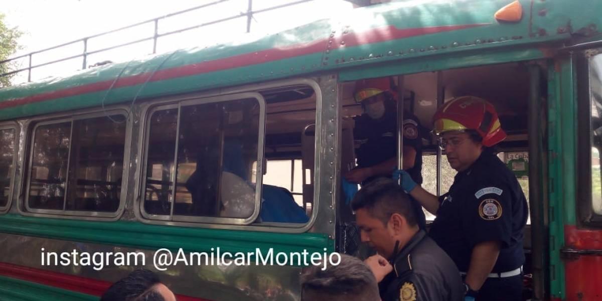 Pasajera de autobús fallece tras ataque armado en el Trébol de Vista Hermosa