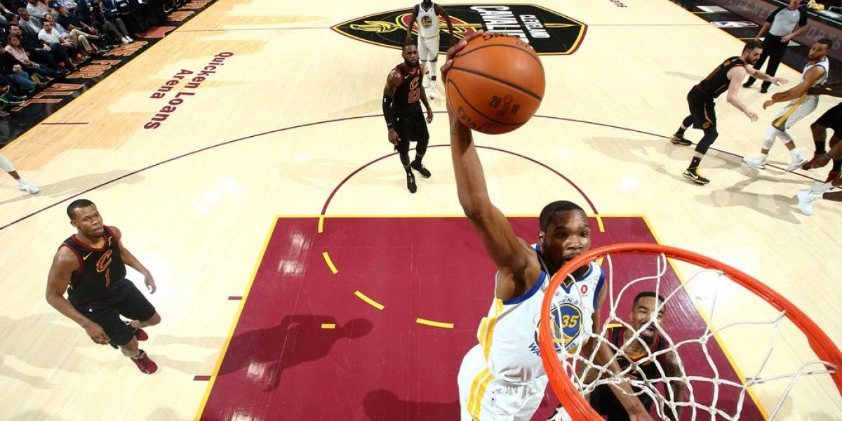 Warriors barrieron a Cavaliers en la Serie Final de la NBA