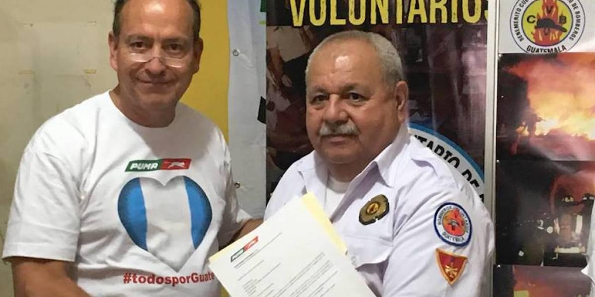 Donan US$50 mil a Bomberos Voluntarios para la compra de insumos