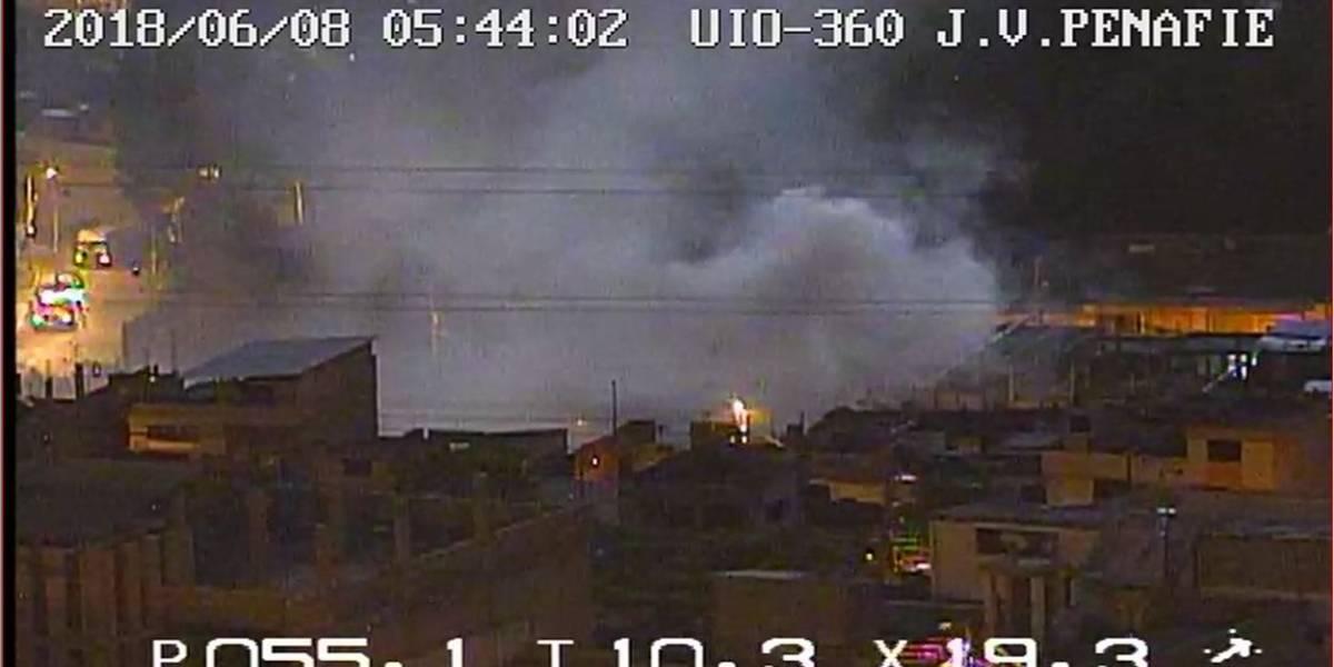 Se reporta incendio de una vivienda en Cotocollao, Quito