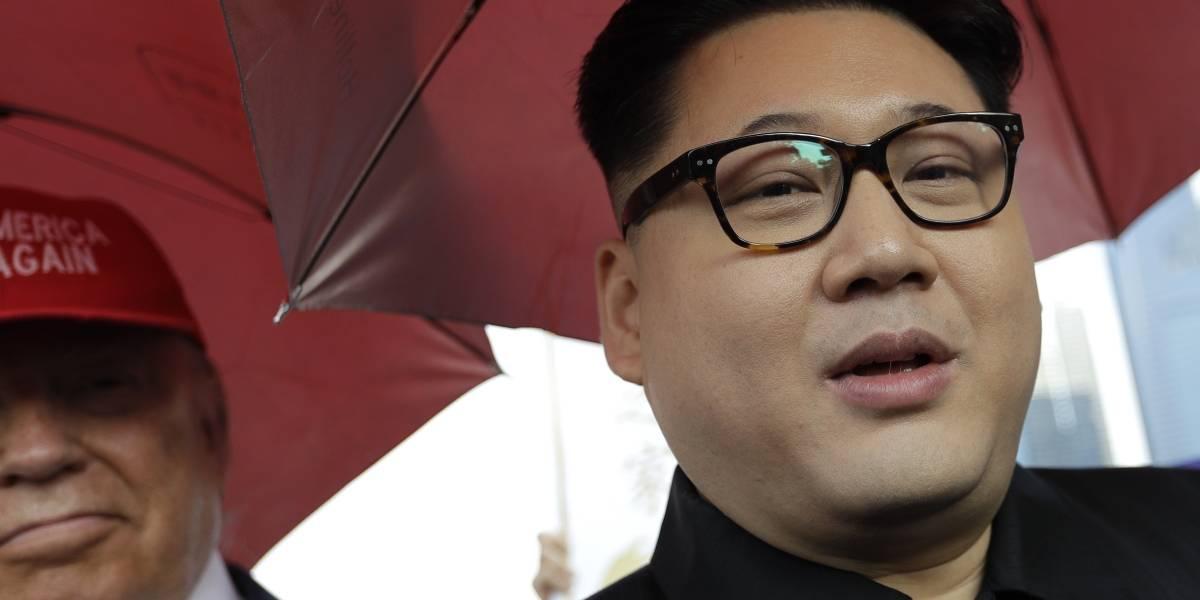 """No se pierde ni una: el """"Kim Jong-un falso"""" llegó a Singapur bajo polémica"""