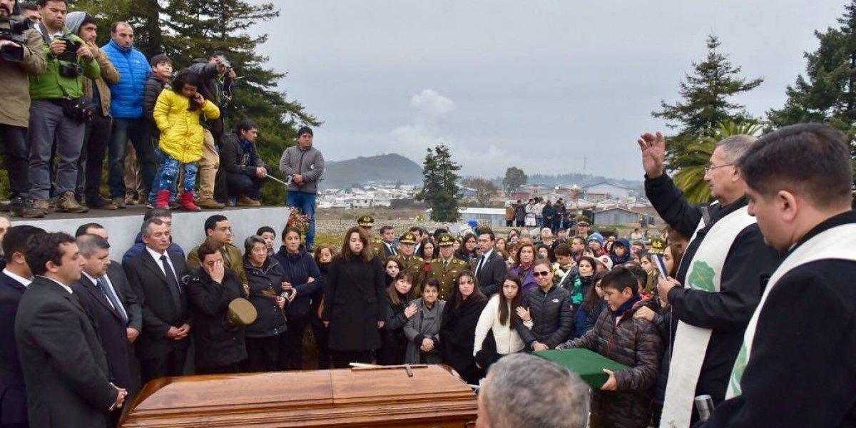 """Un tuitero lo llamó """"hipócrita"""": Andrónico Luksic se defiende luego de lamentar asesinato del carabinero Galindo"""