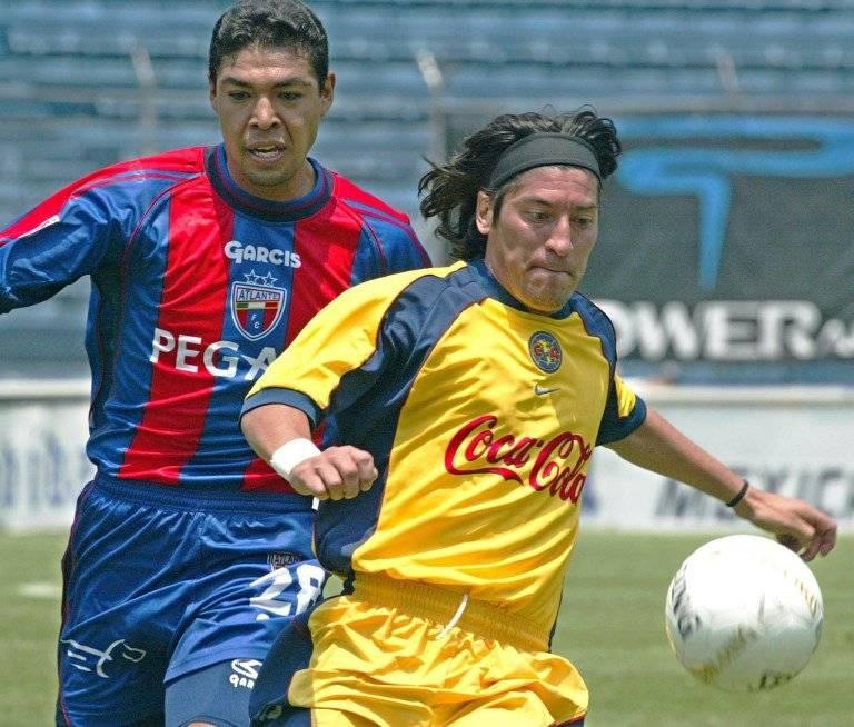 Iván Zamorano en su etapa como jugador del América