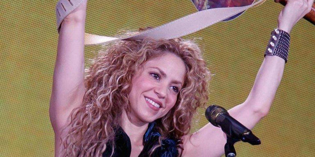 Shakira vuelve a callar rumores de separación con amoroso gesto