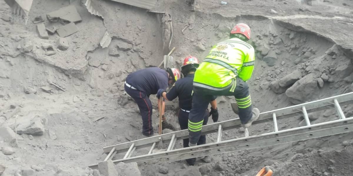 Inacif logra identificar 8 cadáveres recuperados en el volcán de Fuego