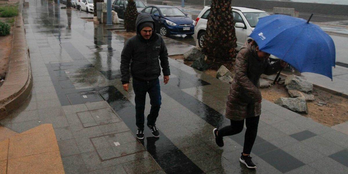 Temporal en Chile: Onemi afirma que hay corte de luz, al menos mil personas aisladas y problemas por nieve caída