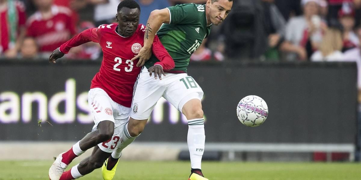 Dinamarca doblega a México, que decepciona a sus aficionados antes del Mundial
