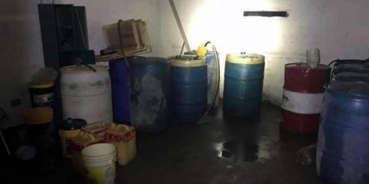 Hallan 'narcotiendita' y almacén de huachicol en alcaldía del Edomex