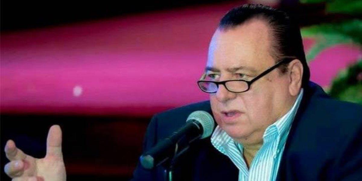 Pastor Jorge Raschke critica fuertemente al gobernador y a la Junta