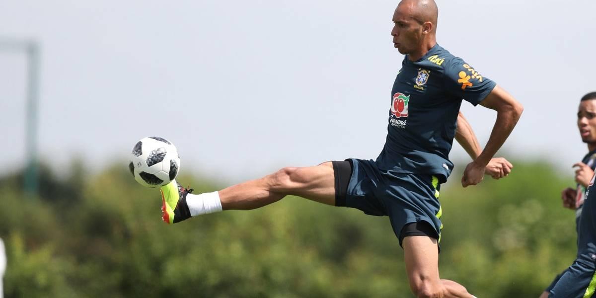 Miranda será capitão do Brasil em amistoso e Fred volta a ficar fora de treino