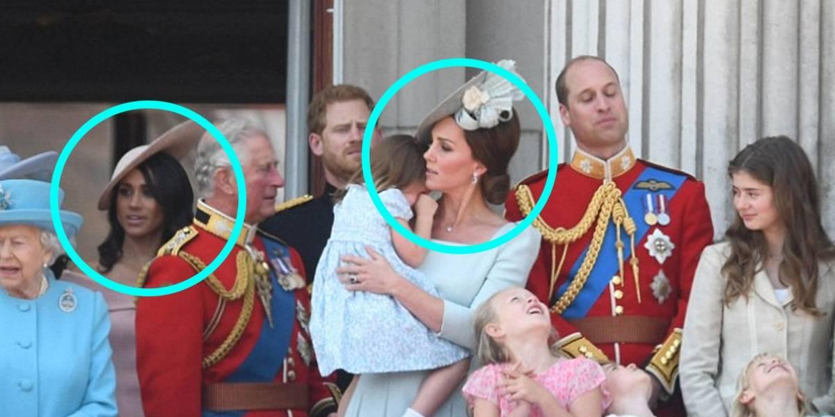 ¿No se soportan? Kate Middleton y Meghan  Markle comparten su primer balcón y no se ven muy felices