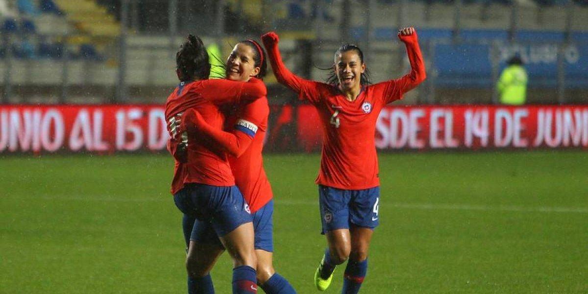 La Roja femenina goleó a Costa Rica en su primer amistoso preparatorio para el Mundial de Francia
