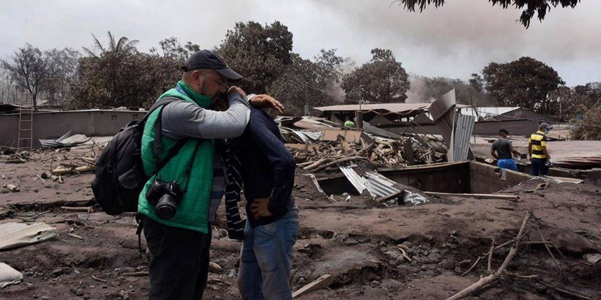 Los sentimientos detrás de las cámaras en la tragedia