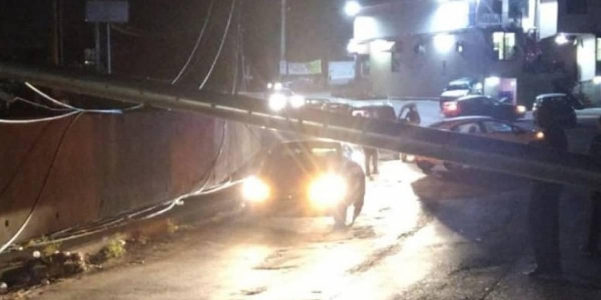Se cae otro poste en Trujillo Alto