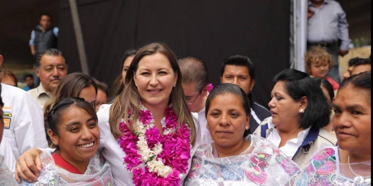 Martha Erika reconoce compromiso de trabajadores de Salud en Puebla