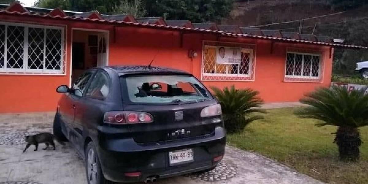 Balean casa y vehículo de candidato a alcaldía en Puebla