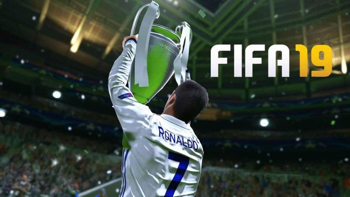 Cristiano Ronaldo levanta la Champions en el juego de FIFA 19