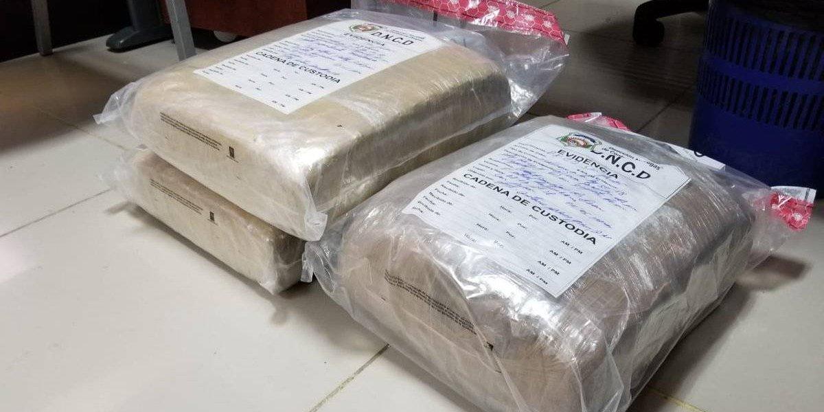 DNCD ocupa drogas y dinero en operativos en la capital y Dajabón
