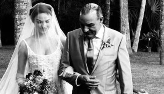 Isis Valverde casamento