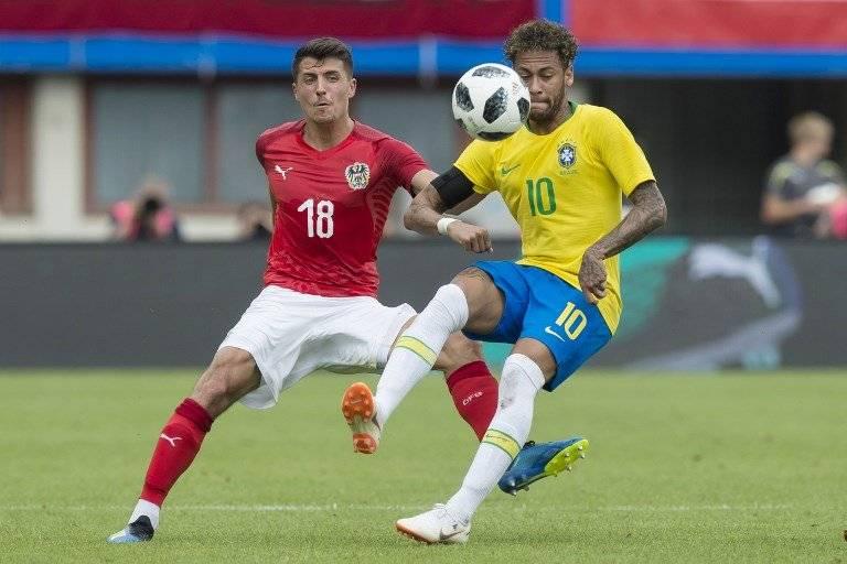 Neymar durante el juego ante Austria