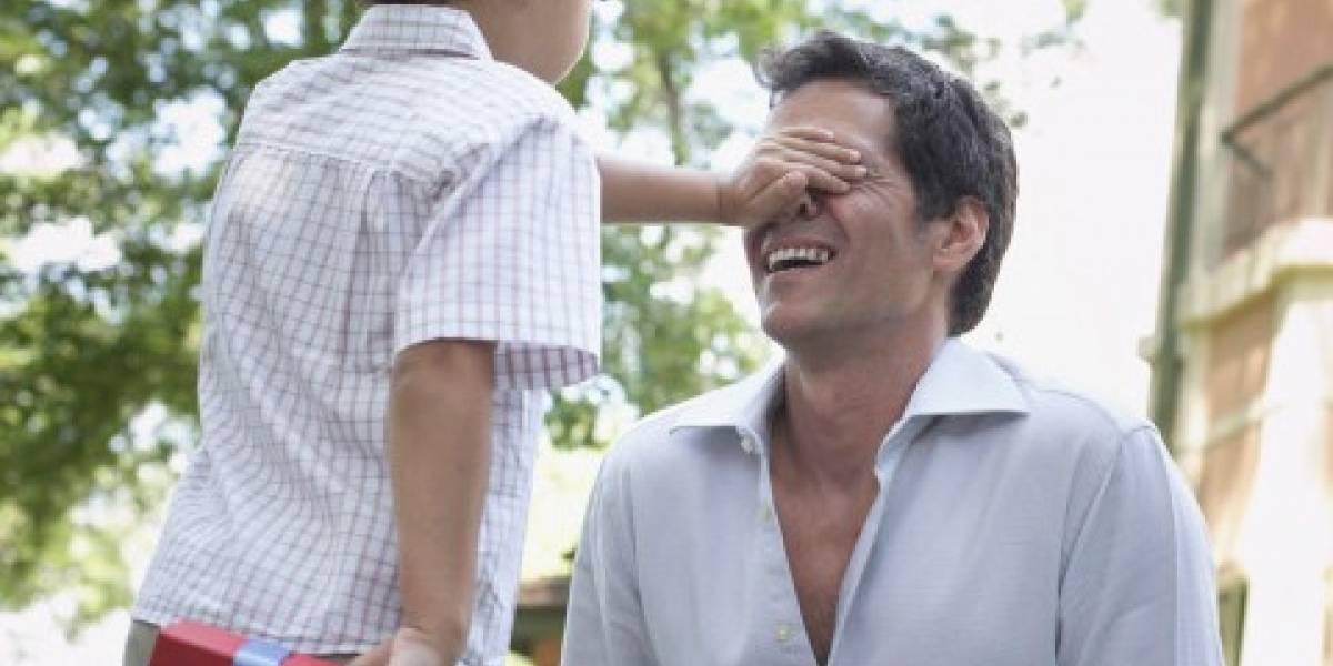 Capitalinos gastarán 25% menos en el regalo a los papás: Canacope