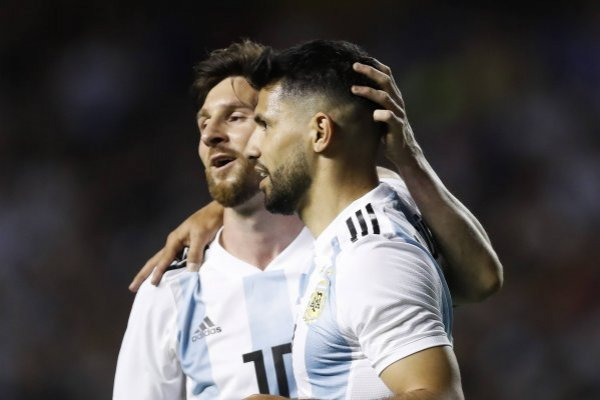 Video y Audio de Agüero y Messi salpican selección Argentina