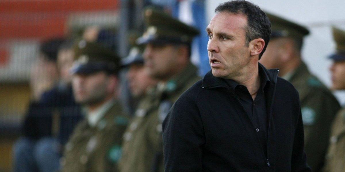 """Espina se autoimpone su meta: """"Tratar de posicionar a Colo Colo en el ámbito internacional"""""""