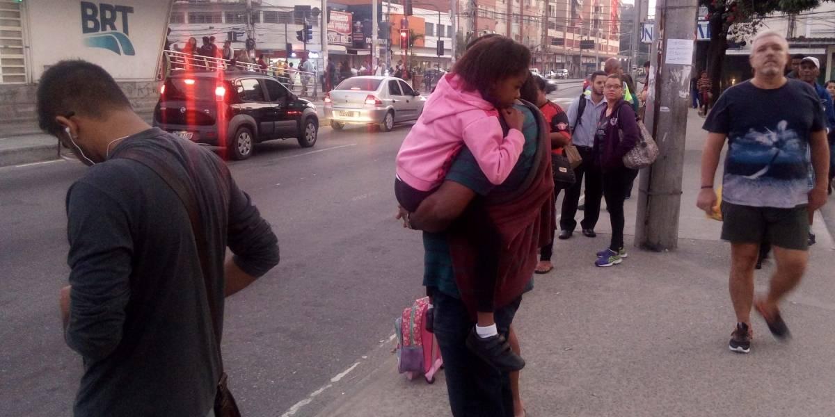 Greve de motoristas causa impacto no funcionamento dos ônibus e BRTs