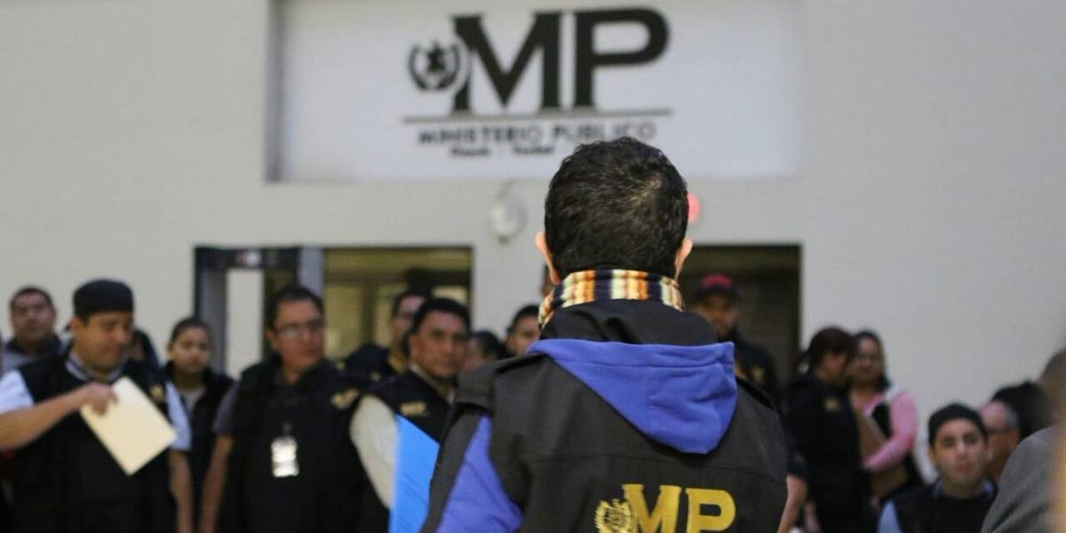 MP y CICIG realizan operativo por caso de corrupción en municipalidad de Quetzaltenango