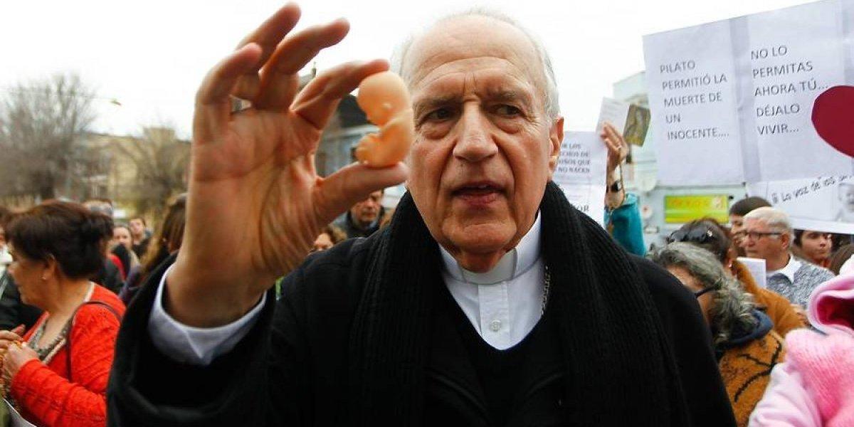 Las razones por las que el Papa habría aceptado la renuncia del obispo Duarte