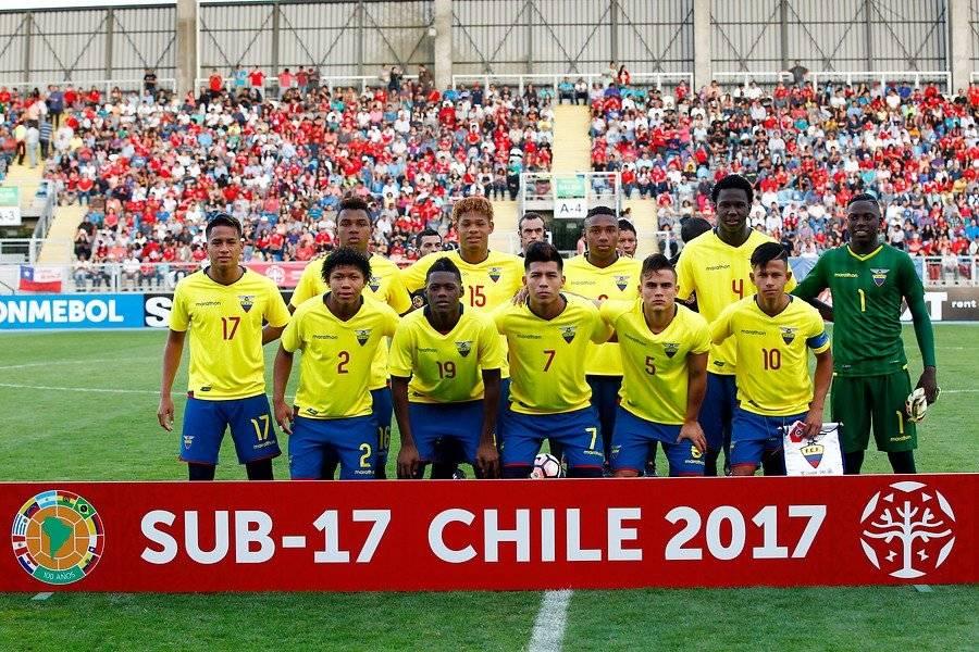 Santiago Micolta (camiseta 19) jugó 9 encuentros y anotó 2 goles en el Sudamericano Sub 17 de Chile del año pasado / Foto: Agencia UNO