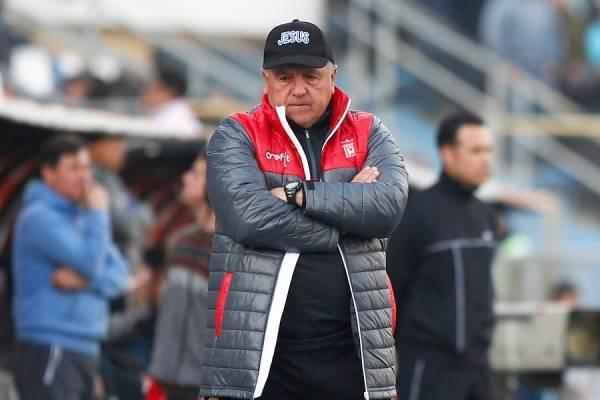 Luis Marcoleta es el responsable de los dos ascensos a Primera en la historia de Curicó Unido / Foto: Agencia UNO