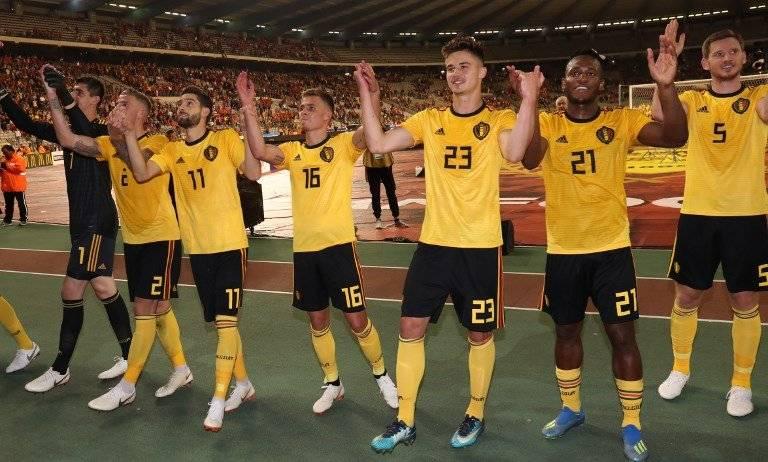 Los jugadores belgas se despidieron de su afición antes de partir a Rusia