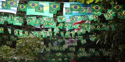 ruas enfeitadas para Copa