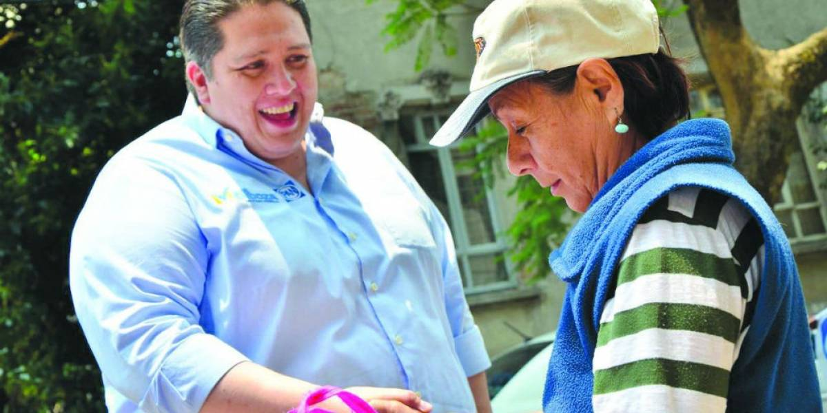 Luis Mendoza encabeza encuesta para diputado federal por la BJ