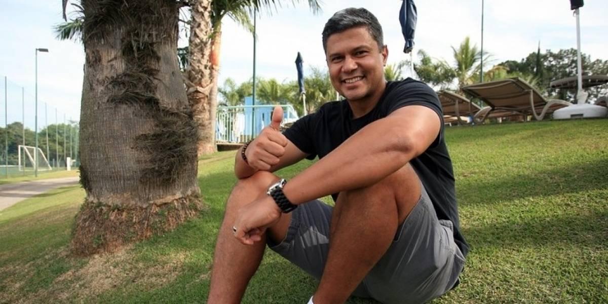 Visita ilustre: entrenamiento de Colo Colo en Brasil contó con la presencia de Emerson Pereira