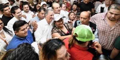 Meade a su llegada a Mérida