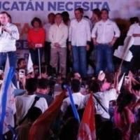 El panista festejó con sus seguidores en Yucatán