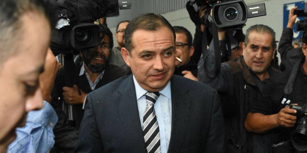 Cordero denuncia a Anaya, candidato de su propio partido, ante PGR por lavado
