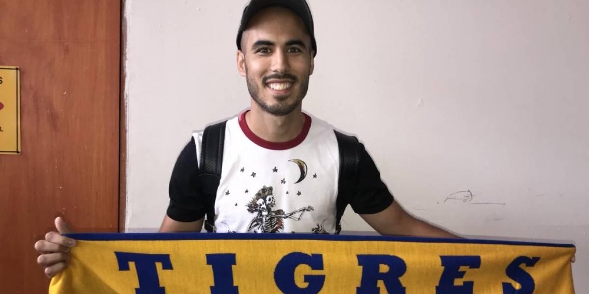 Reciben decenas de aficionados felinos a Guido Pizarro