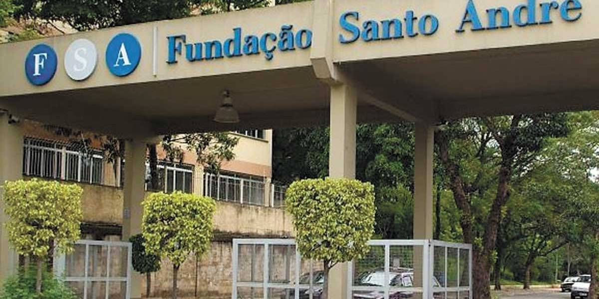 Fundação Sto. André reduz  dívida e projeta expansão