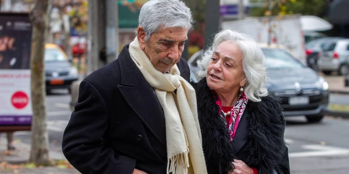 """""""Se fue la más querida"""": actores y figuras del espectáculo llegan a despedir a Liliana Ross"""